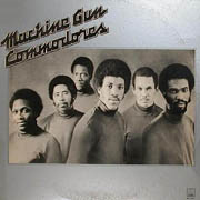 Commodores · Machine gun