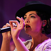 Caro Emerald · Tangled up 4